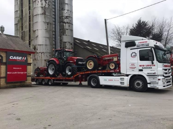 Fingal Vintage Society present International Harvester Tractors