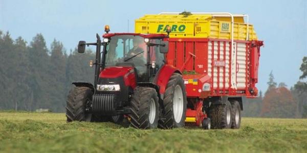 Case Farmall Tractors