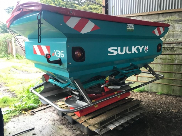 SULKY x36 2.5 ton fertiliser spreader